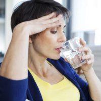 Похудение при климаксе: вредно ли?