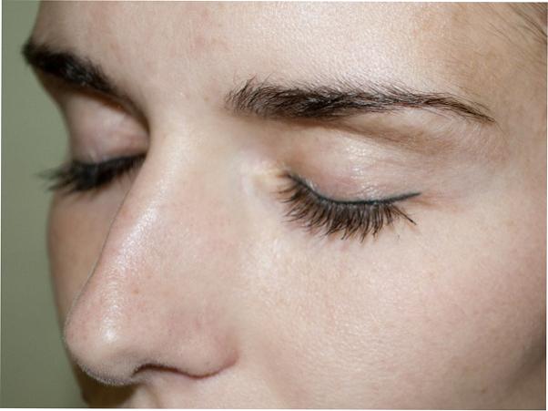 Термотушь для ресниц: макияж на «раз-два-три»
