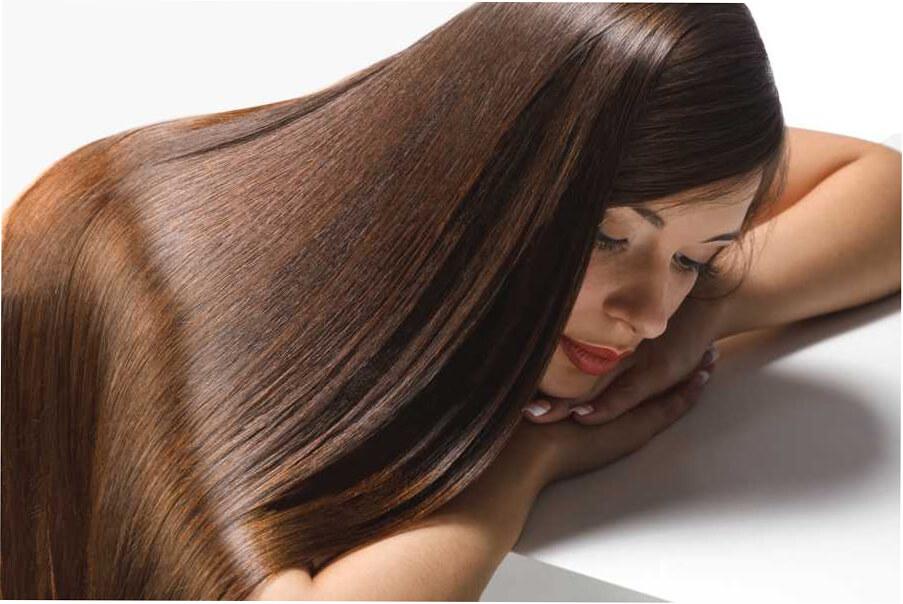 глянцевание волос в салоне