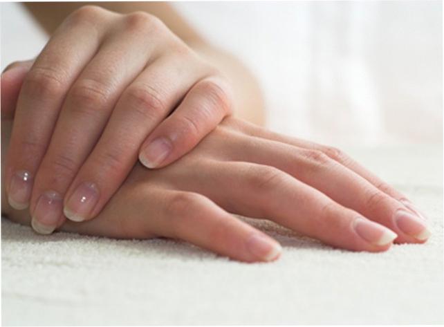 Уход за ногтями: отбеливание и укрепление ногтей дома