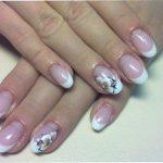 В чём преимущества гелевого покрытия ногтей