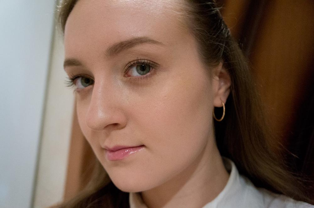 Хорошая тональная основа: секрет стильного макияжа