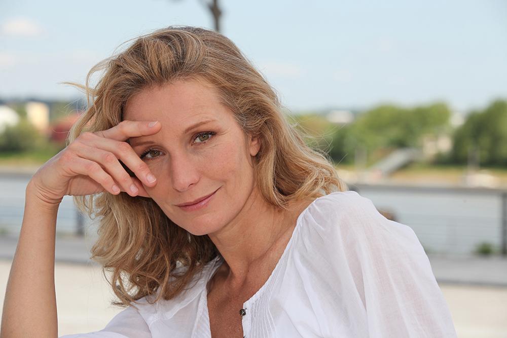 Антивозрастная косметика для лица: обзор средств