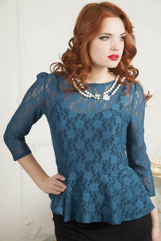 Кружевная блузка для полных дам