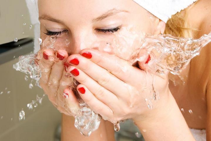 Как сохранять кожу тела гладкой
