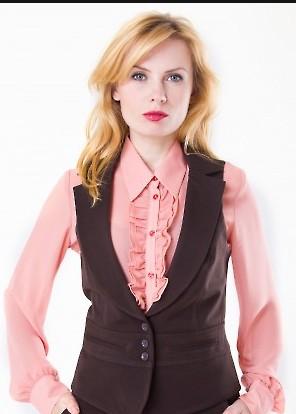 Как выбирать и с чем носить женские жилеты 2015