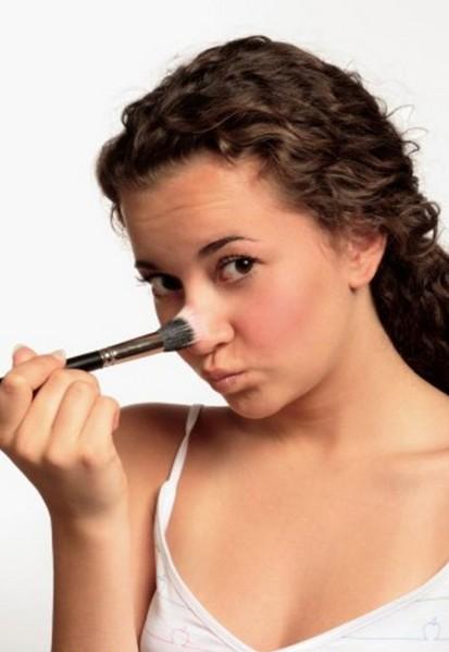 Коррекция носа без операции: секреты макияжа