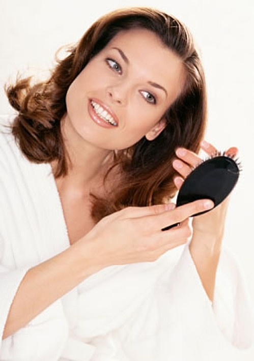 Единственное действенное средство при выпадении волос – миноксидил