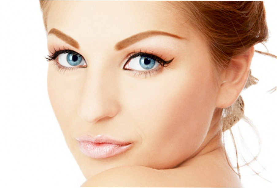 Зачем делать перманентный макияж в салоне