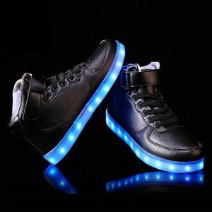 Что такое светящиеся кроссовки? Разбираемся с конструкцией