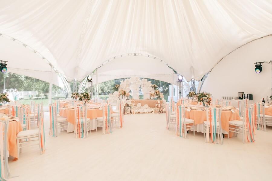 Свадьба в шатре. Какой стиль подойдёт?