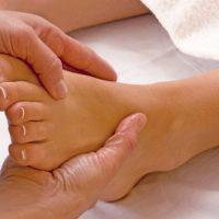 Уплотнение на ноге под кожей и виды заболеваний, спровоцировавшие недуг