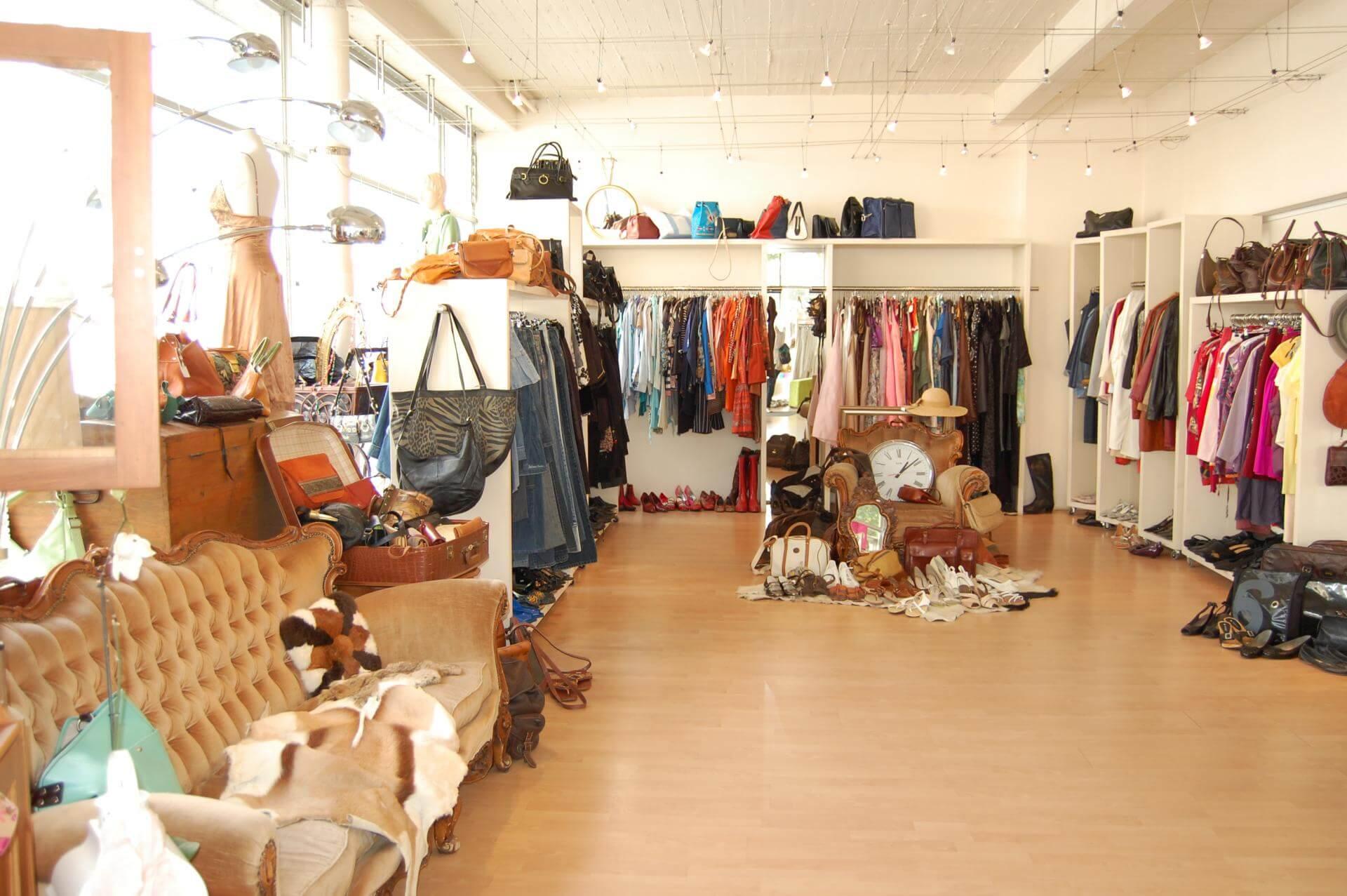 Как открыть брендовый магазин одежды из Германии